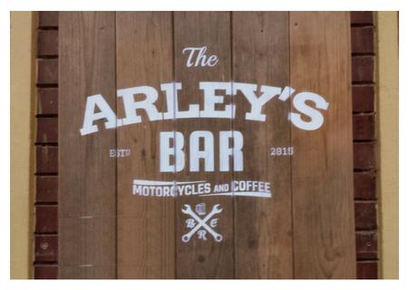 Arley's Bar