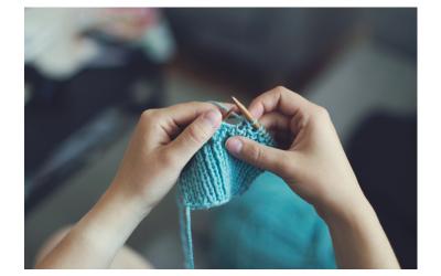 Corsi di maglia, ricamo, cucito ed uncinetto