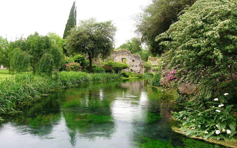 foto giardino della Ninfa